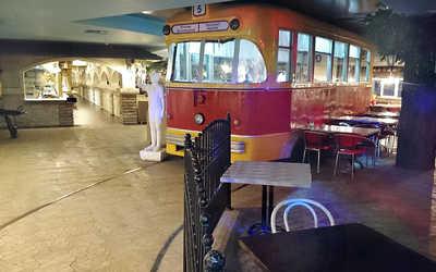 Банкетный зал кафе Бульвар на Менделеевой улице фото 1