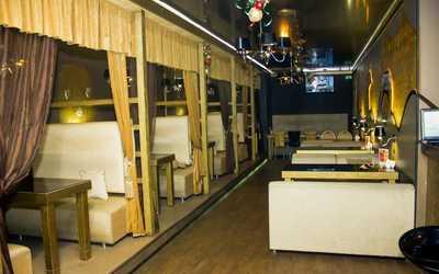Банкетный зал кафе La Luna 4 seasons на улице Пушкина