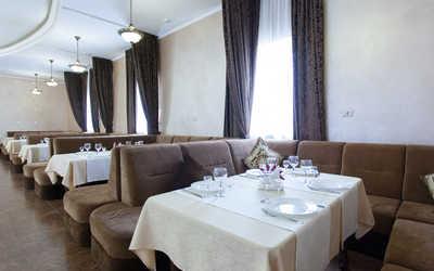 Банкетный зал ресторана Солнце на улице Игуменка фото 1