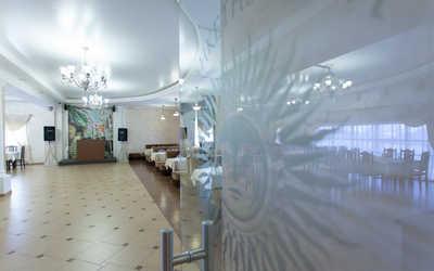 Банкетный зал ресторана Солнце на улице Игуменка фото 2
