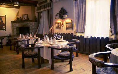 Банкетный зал ресторана Югославия (Сербия) на улице Пеше-Стрелецкой фото 1
