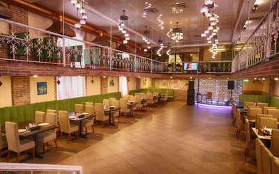 Банкетный зал ресторана Мангал Хаус На ул. Антоновой-Овсеенко фото 2