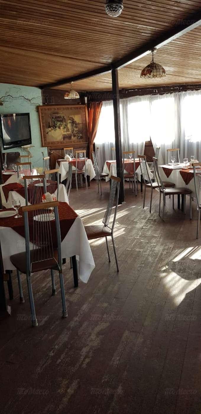 Кафе Мельба на улице Кирова фото 3