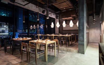 Банкетный зал ресторана Madame Wong на Лесной улице