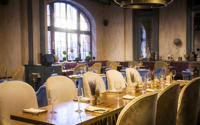 Банкетный зал  Есенинъ на Новой площади