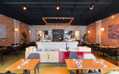 Банкетный зал ресторана Do eat на Малом проспекте П.С. фото 2