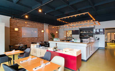 Банкетный зал ресторана Do eat на Малом проспекте П.С. фото 3
