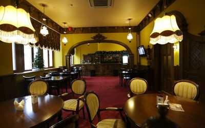Банкетный зал пивного ресторана Калинкинъ (Волга) на проспекте Кирова фото 1