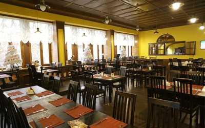 Банкетный зал пивного ресторана Калинкинъ (Волга) на проспекте Кирова фото 2