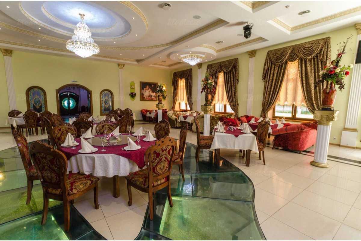 Ресторан Империя на улице Борковской фото 2