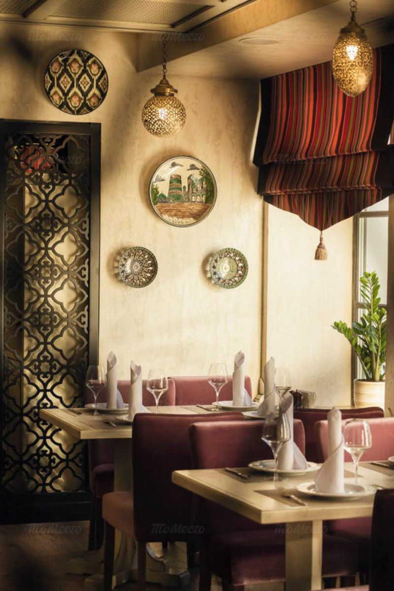 Ресторан Баязет на набережной реки Фонтанки фото 3