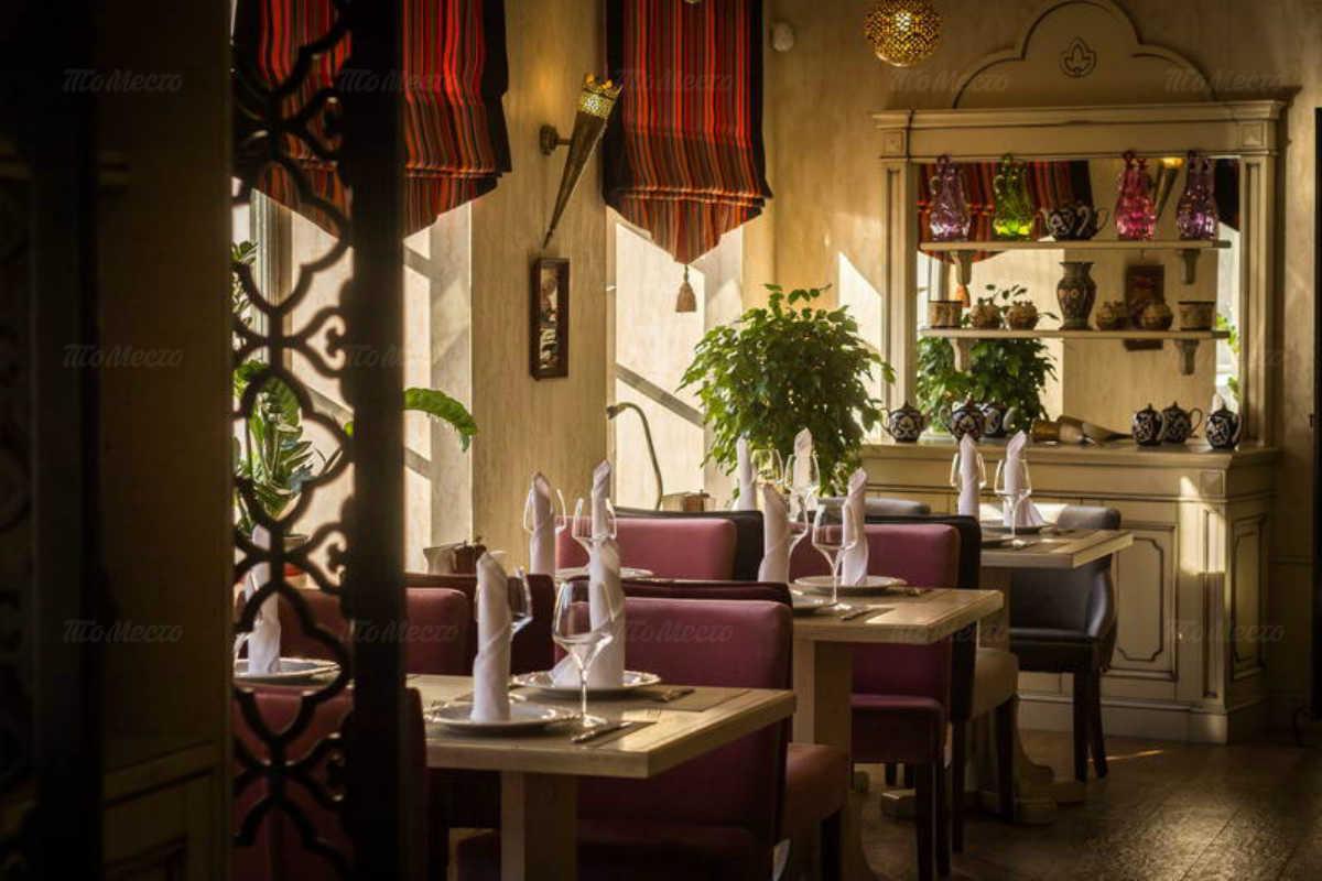 Ресторан Баязет на набережной реки Фонтанки фото 4
