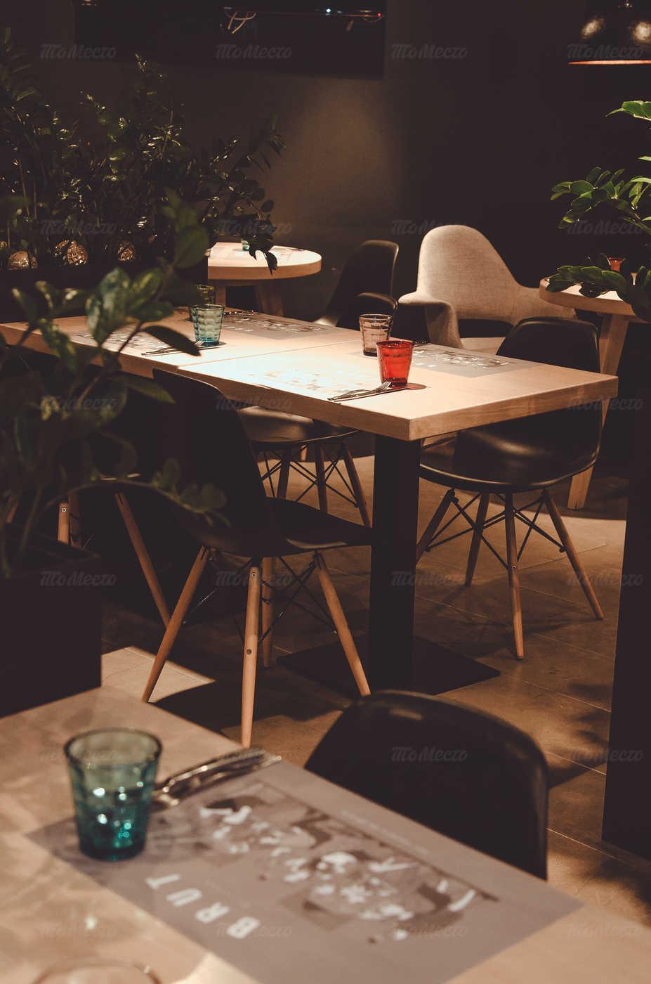 Ресторан Брют на Выборгской набережной фото 10