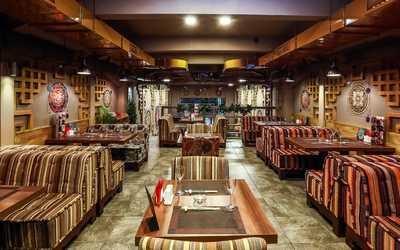 Банкетный зал ресторана Aura на улице Ленинской