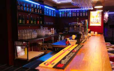 Банкетный зал бара, караоке клуба BRAVO на Фурштатской улице
