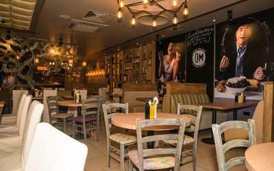 Банкетный зал кафе, ресторана Osteria Mario на Трубной площади