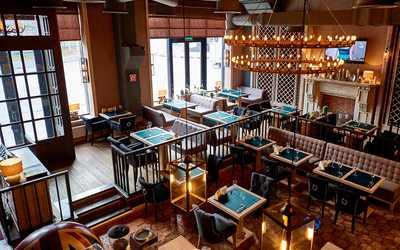 Банкетный зал ресторана Friends and family на улице Ленинской Слобода фото 1