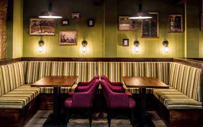Банкетный зал гастропаба, кафе, ресторана Эдисон's на Воронцовской улице