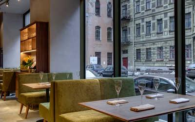 Банкетный зал ресторана UNA на Большой Конюшенной улице