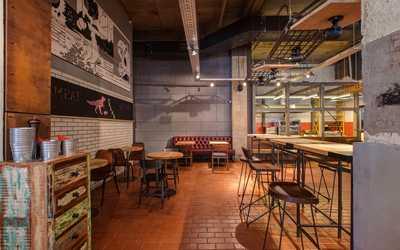 Банкетный зал ресторана Frank на Большом проспекте П.С. фото 2