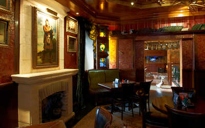 Банкетный зал гастропаба Wild Duck Irish Pub