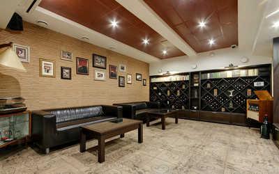Банкетный зал ресторана Априори на проспекте Обуховской Обороны фото 2