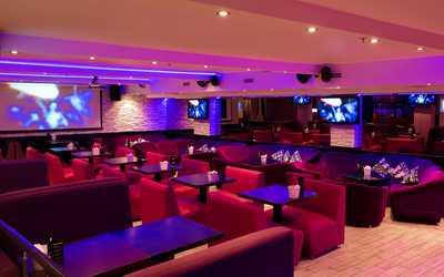 Банкетный зал караоке клуб Хаус Бар на проспекте Энгельса фото 2