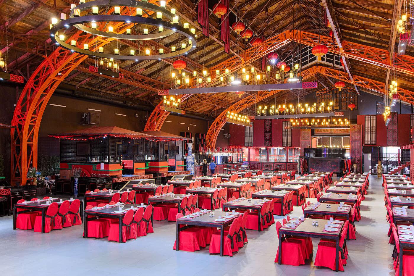 Ресторан Цинь на 16-ой линии В.О.