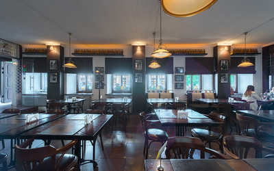 Банкетный зал пивного ресторана Brasserie Lambic на улице Воронцово Поле фото 2