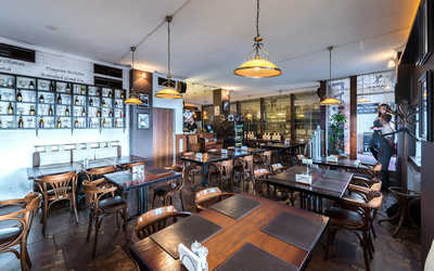 Банкетный зал пивного ресторана Brasserie Lambic на улице Воронцово Поле фото 3