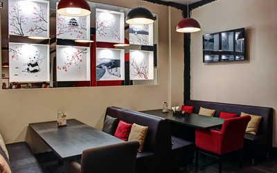 Банкетный зал ресторана Aziana на Купчинской улице