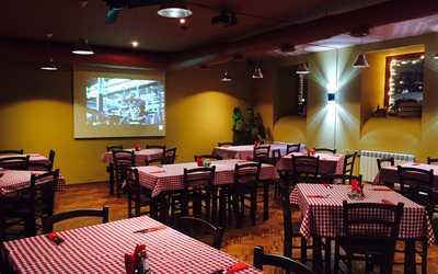 Банкетный зал ресторана Bella Italia (Белла Италия) на набережной реки Фонтанки фото 1