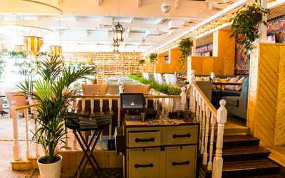 Банкетный зал ресторана Eshak на улице Луначарского фото 3