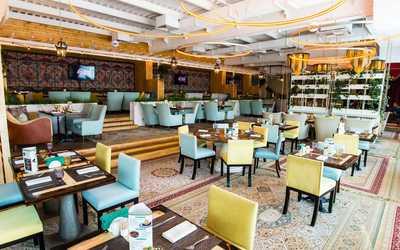Банкетный зал ресторана Ишак (Eshak) на улице Луначарского фото 1