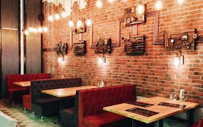Банкетный зал пивного ресторана Бротунбир (Brotundbeer) на Кировоградской улице фото 3