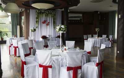 Банкетный зал ресторана Вилла Оазис (VILLA OASIS) на улице Слобода Печеры фото 2