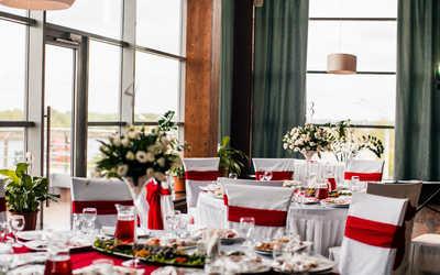 Банкетный зал ресторана Вилла Оазис (VILLA OASIS) на улице Слобода Печеры фото 3