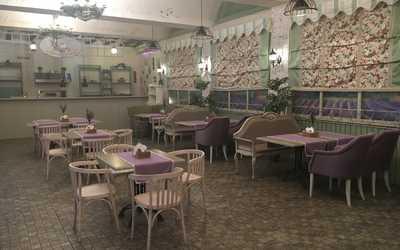 Банкетный зал кафе Уютный дворик на улице Восстания фото 1