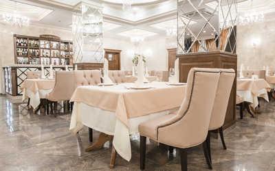 Банкетный зал ресторана Кристал (Ресторанно-Гостиничный комплекс CRYSTAL) на улице Российской фото 3