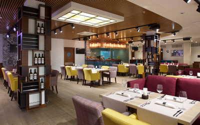 Банкетный зал ресторана Парклейн (Parklane) на улице Рюхина фото 3