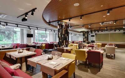 Банкетный зал ресторана Парклейн (Parklane) на улице Рюхина фото 1