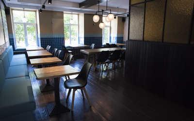 Банкетный зал гастропаба Alex P. Bar & Pastrami (Alex P.) на улице Правды