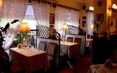 Банкетный зал ресторана Фарфалле (Farfalle) на улице Космонавтов фото 1