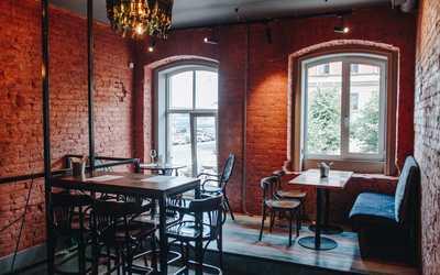 Банкетный зал ресторана Bread & Meat (Хлеб и Мясо) на Большой Конюшенной улице фото 2