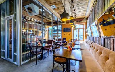 Банкетный зал пивного ресторана Брассерия Крик (Brasserie Kriek) на Невском проспекте фото 3