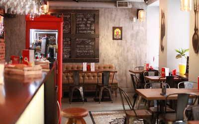Банкетный зал гастропаба QQ BAR на Колокольной улице фото 1