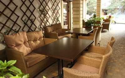 Банкетный зал кафе Инжир на проспекте Чекистов фото 3