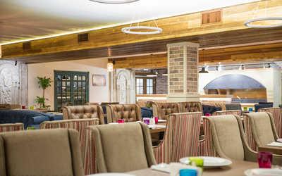 Банкетный зал ресторана ChaCha на проезде Дежнева фото 3