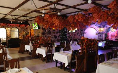 Банкетный зал ресторана Ариана на Шипиловской улице фото 1