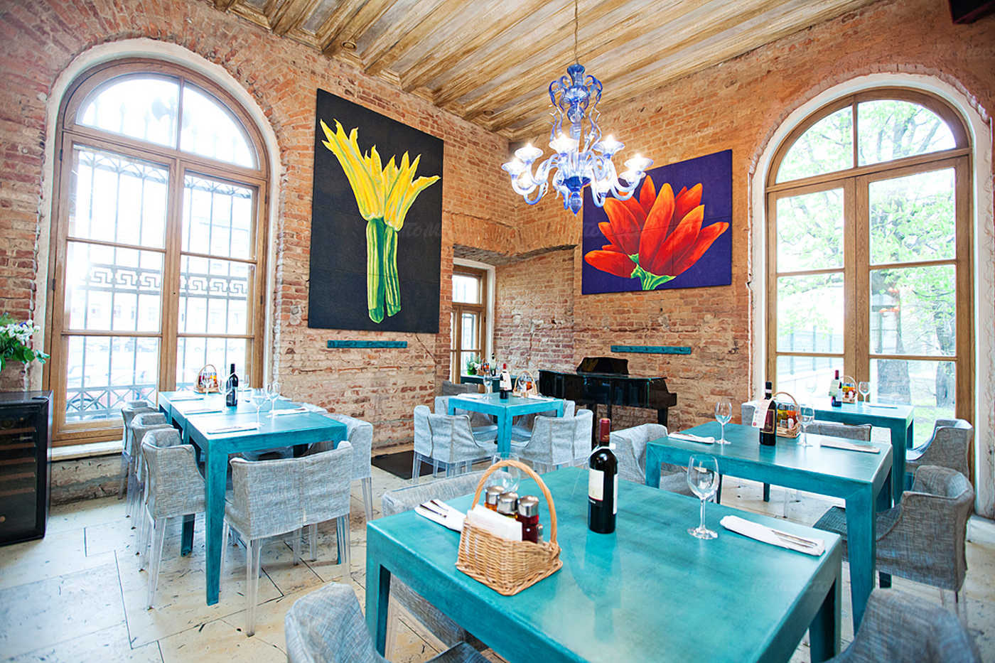 Ресторан Мама Рома (Mama Roma) на набережной реки Фонтанки фото 5